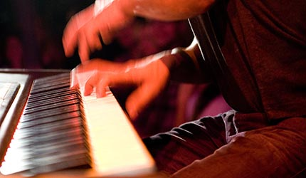 Piano-Son-montuno - Temática